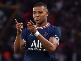 Psg At Stay To Mbappe